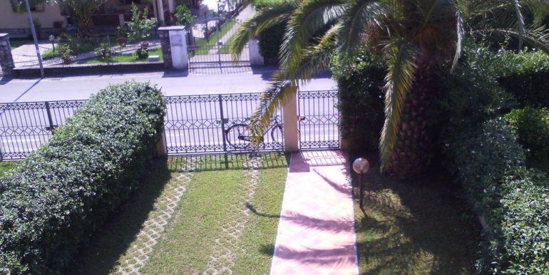 ingresso fronte casa
