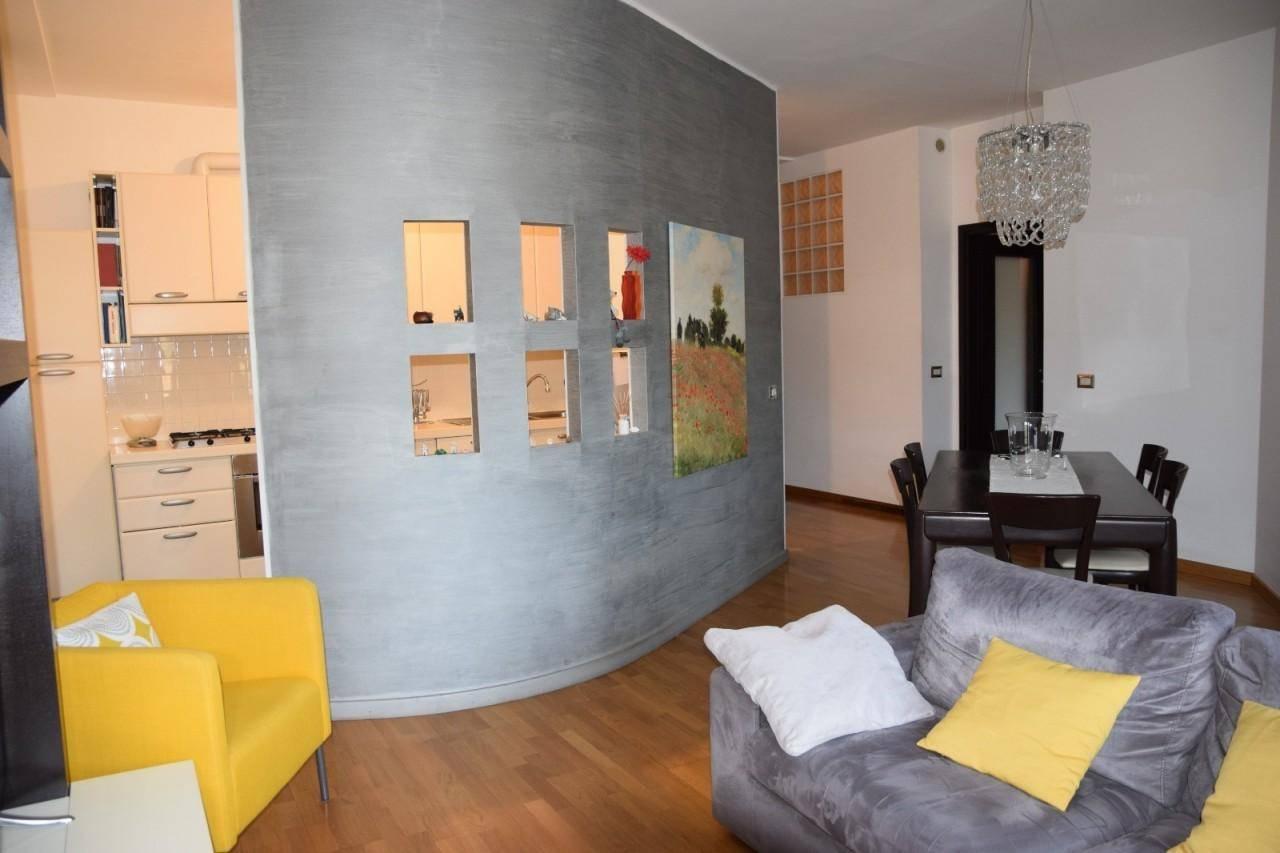Appartamento a Querceta con Vista panoramica