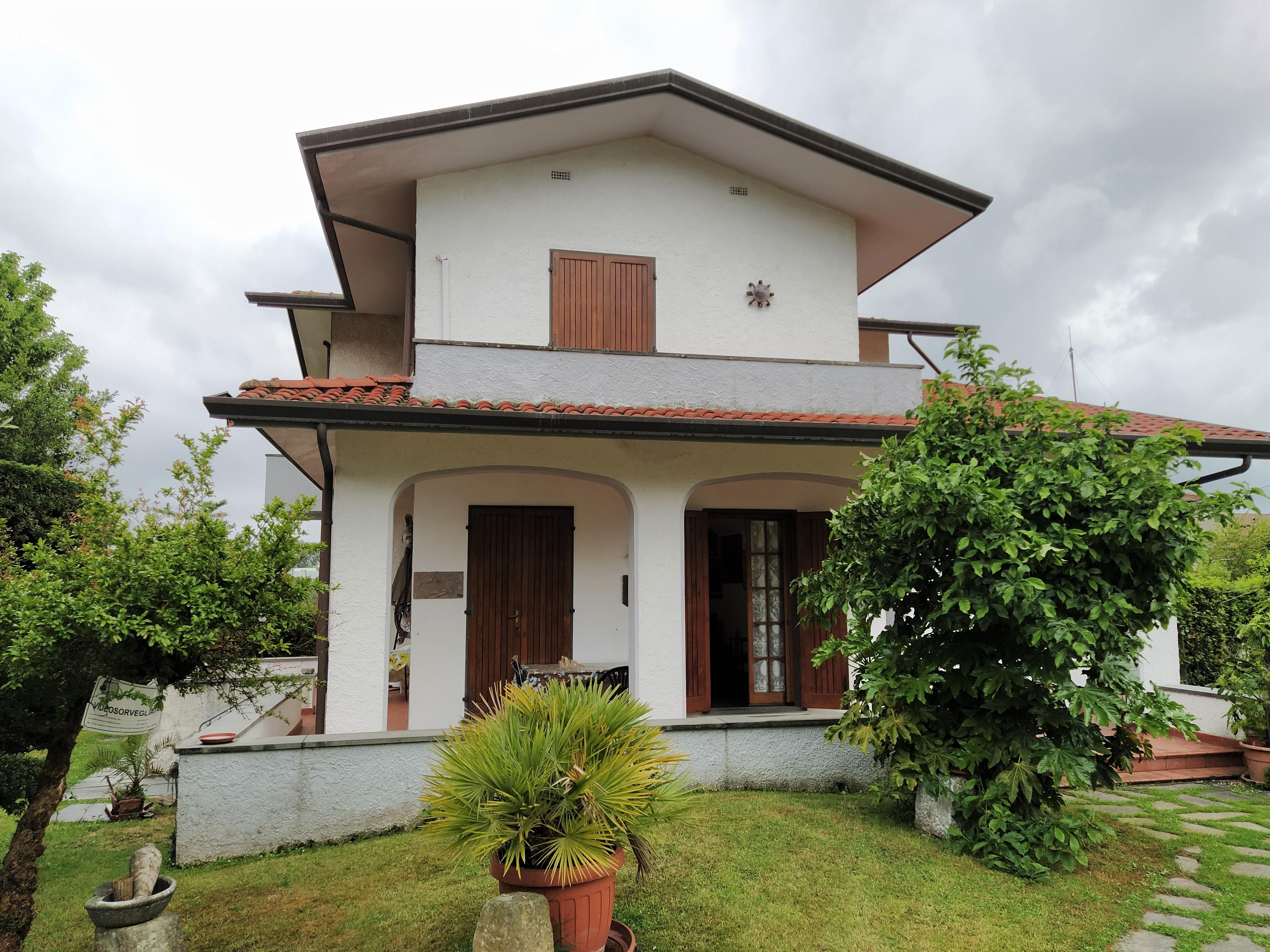 Ampia Villa disponibile per Affitto Estivo