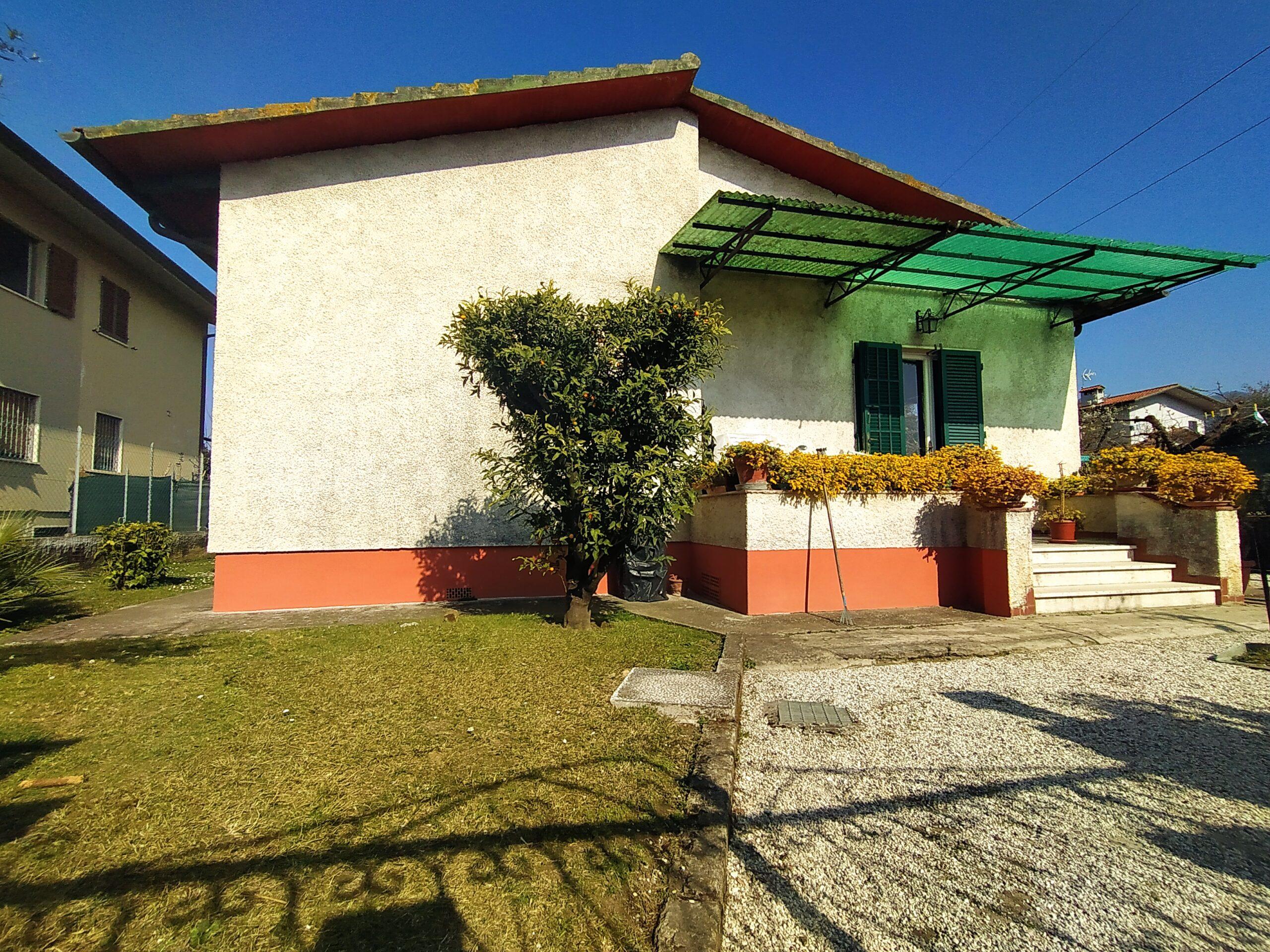 Villa Singola a Forte dei Marmi, loc. Vaiana. Disponibile Virtual Tour.